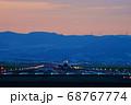 【大阪府】伊丹空港に着陸する飛行機 68767774