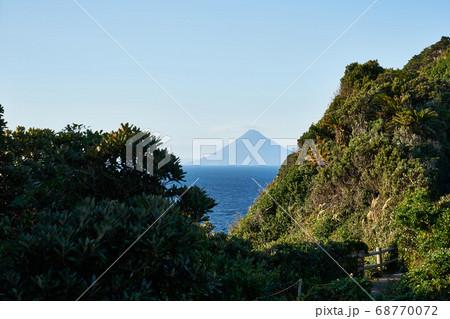 鹿児島県 佐多岬からの開聞岳 68770072