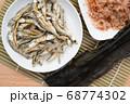 煮干し 鰹節 昆布 68774302