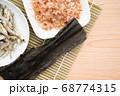 煮干し 鰹節 昆布 68774315