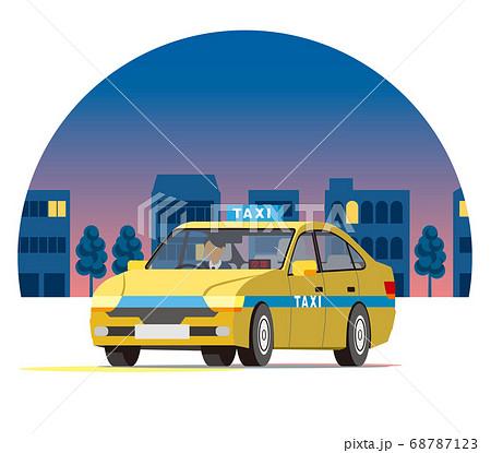 夜の街を走るセダンのタクシー、営業運行、配車、空車 68787123
