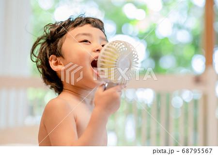 어린이 라이프스타일 여름 육아 68795567