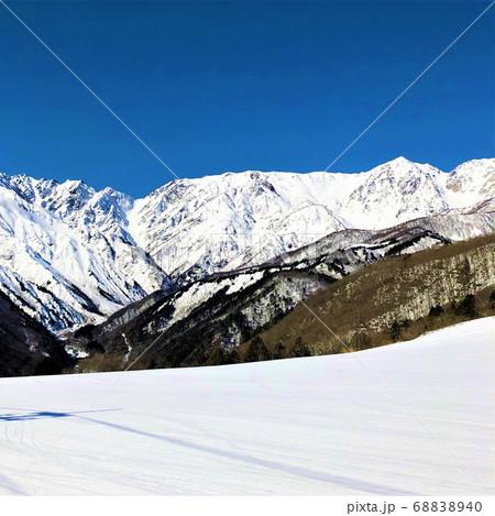 岩岳スキー場からの北アルプス 68838940