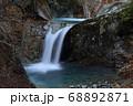 秋の西沢渓谷・竜神の滝 68892871