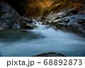 秋の西沢渓谷 68892873