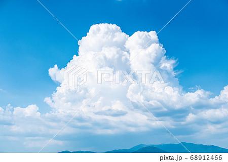 夏イメージ 入道雲 積乱雲 68912466