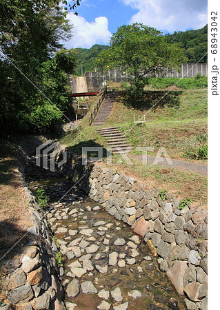 薬師沢石張水路工と散策路 長野県小川村 68943042
