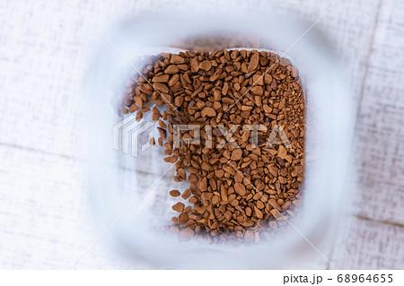 もうすぐなくなるインスタントコーヒー 68964655