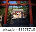 宇治神社 二の鳥居と中門 68975715