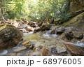 山梨県北杜市の日本百名山の瑞牆山の不動沢 68976005