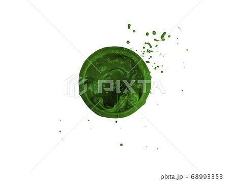 緑の液体の真俯瞰からのスプラッシュ画像 68993353