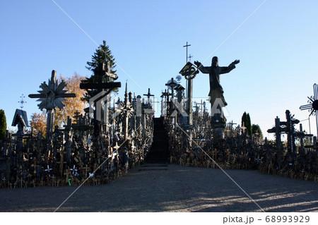 独立の軌跡。バルト三国リトアニアの無形文化遺産十字架の丘 68993929