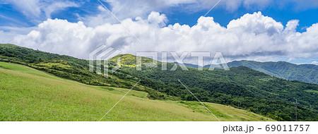 桃源谷 草嶺線 步道 草嶺古道 台北 宜蘭 景點 草原 grassland Taiwan  69011757