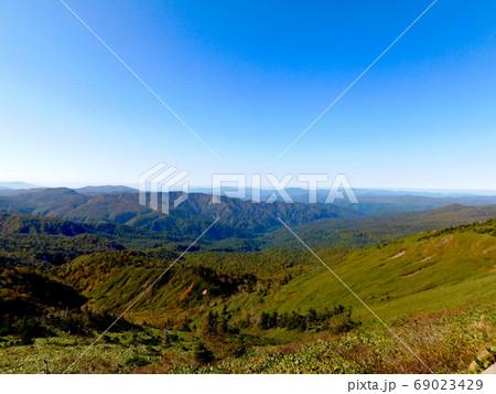 八幡平アスピーテライン大深沢展望台からの眺め 69023429