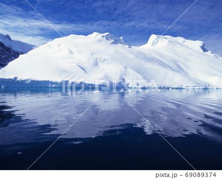 氷山 南極 69089374