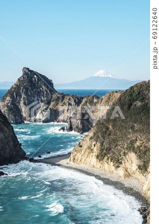 富士山・烏帽子山を望む風景(伊豆・松崎町) 69122640