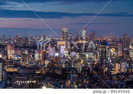 《東京都》東京都市夜景・池袋方面 69145049