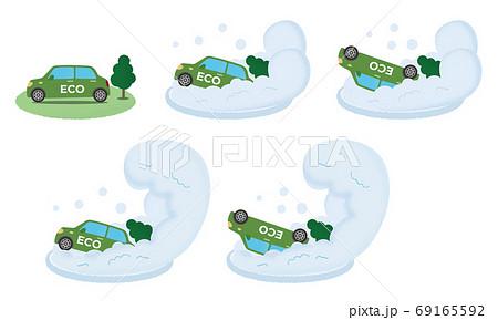 大雪の被害に遭う緑のエコカーのベクターイラストセット 69165592