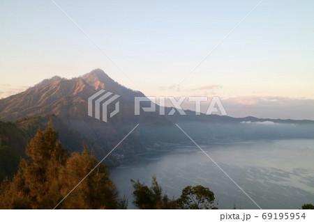 【インドネシア・バリ島】 バトゥール山からの景色 69195954