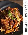 韓国料理タッパルポックム 鶏足の激辛炒め 69198890