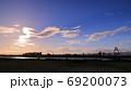 夕暮れ時の風景 69200073