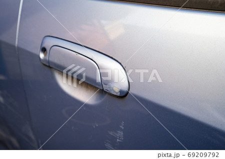 車 傷 破損 衝突 事故 69209792