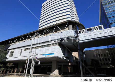 ゆりかもめ竹芝駅(東京都港区にある東京臨海新交通臨海線の駅) 69219905