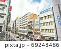 高田馬場駅前の街並み 69243486