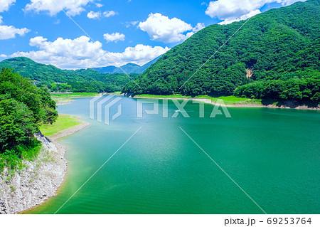 緑の薗原湖 69253764