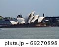 シドニー湾のオペラハウス 69270898