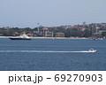 シドニー湾を行きかう船舶 69270903