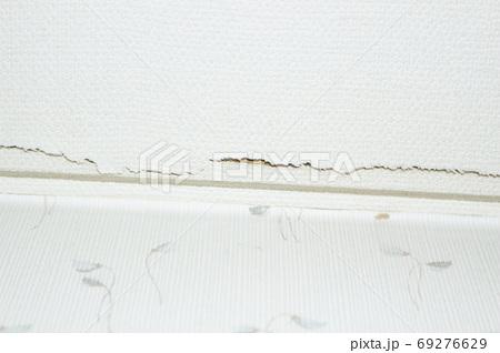 壁紙のヒビ(キズ) 69276629