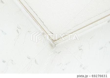壁紙のヒビ(キズ) 69276631