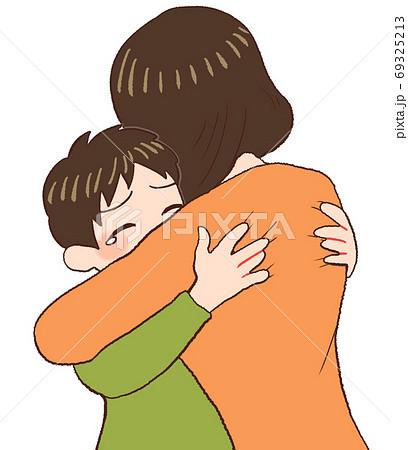 抱き合う親子、愛情表現 69325213