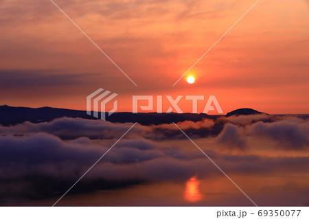 美幌峠からの日の出風景(北海道オホーツク) 69350077