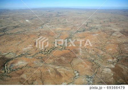 ナミビア ナミブ砂漠 セスナから 69366479