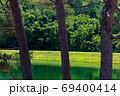 緑鮮やか御射鹿池 69400414