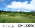 ある夏の日の八甲田睡蓮沼は晴れていた 69415650