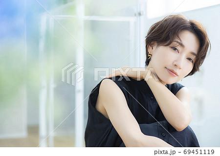 ビューティーイメージ 30代女性 69451119