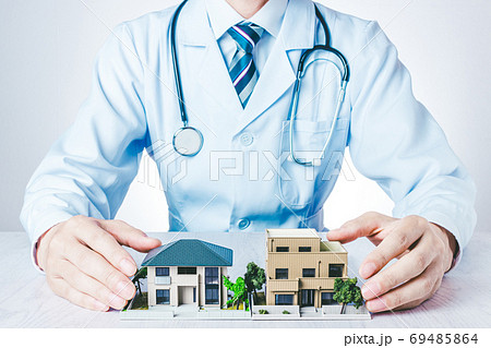 家診断の医師 69485864
