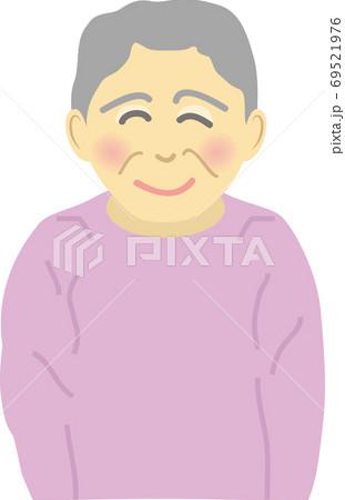 笑顔のシニアの女性 69521976