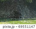 清水濠に残る江戸城跡の石垣 69551147