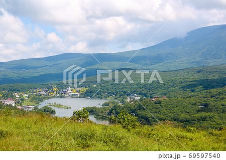 ビーナスラインから撮影した白樺湖 69597540