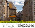 Saint Malo. Houses in the old town. 69622840