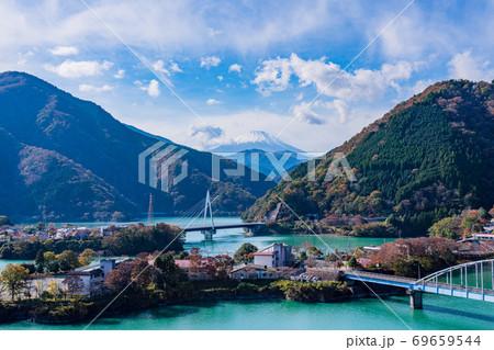 (神奈川県)丹沢湖から望む、富士山 69659544