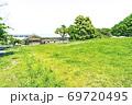 【都立公園】小山内裏公園 パークセンター前の里山広場【色鉛筆】 69720495