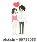 ラブラブな新婚生活のイラスト 69736055