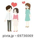 仲良しな男女と泣く女性のイラスト 69736069