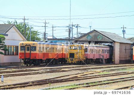 小湊鉄道 五井駅で停車中の鉄道車両 69741636