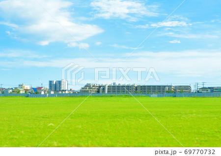 平塚駅から沼津駅までの東海道本線車窓からの風景 69770732